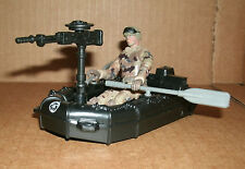1/18 Scale Plastic Attack Raft With Machine Gun and Action Figure Army Soldier