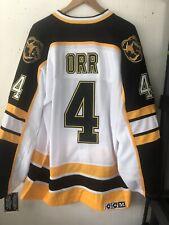 NWT Boston Bruins Bobby Orr #4 Throwback White Jersey CCM Size Medium (48)
