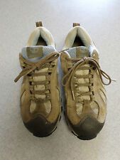 Timberland Brown Leather Gore-Tex Hiking Shoes Women's Size 8M