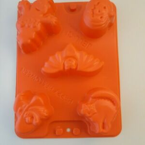 Happy Halloween  JELL-O  Jigglers Mold  Ghost Witch Bat