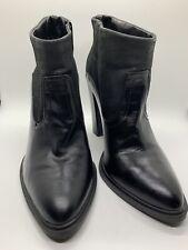Crown Vintage Boots Size 9 - Black