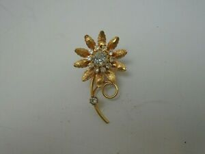 Vtg Brooch Pin Clear Crystal Rhinestone Flower Gold Tone
