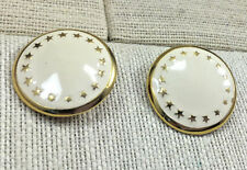 vINTAGE sTYLE eARRINGS Enamel Cream & Cast Goldtone Star Surround Round Clip On
