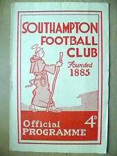 1960 Official Programme- SOUTHAMPTON v ACCRINGTON STANLEY, 16 April (Autographs)