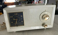 Rare RETRO WHITE GE 1950s Bakelite Tube Clock Radio