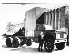 1960s Ford T-800 Marmon Herrington 10 Wheel Truck Cab & Chassis Press Photo 0243