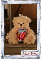 Settler Bears teddy bear   ~  Carmen ~  20cm   Brand New Season 17
