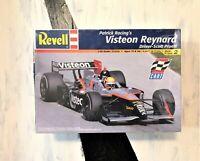 Revell 1:25 scale C.A.R.T Indy Car Model Kit Visteon Reynard -- New