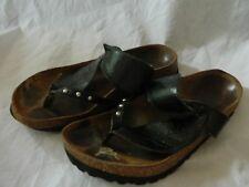 Betula by Birkenstock Black Bombay Leaf design thong sandals Euro 39 L8