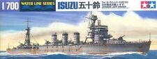 Tamiya 31323 1/700 Scale Waterline Model Kit WWII Japanese Light Cruiser Isuzu