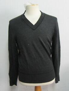 TOM FORD Men's Grey V-Neck Sweater Size 50