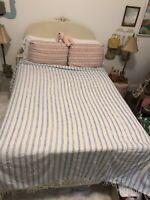 Vintage Chenille Blanket / Bedspread * King Size * Blue & White * Lightweight