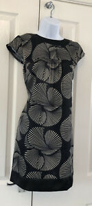 Ladies Dress / Tunic UK Size 12 Silky Feel Black And Gold