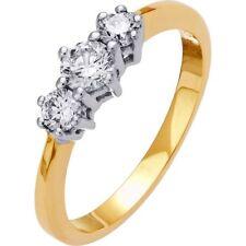 Round Three-Stone Yellow Gold I1 Fine Diamond Rings