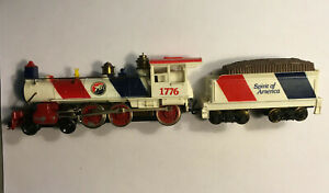 "HO Scale, 4-6-0, 1776 ""SPIRIT OF AMERICA"" Steam Locomotive & Tender TYCO"