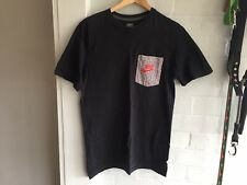 New listing Nike T-Shirt - Size: S