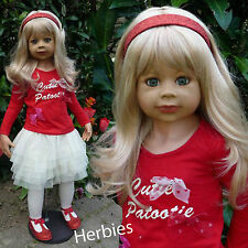 Masterpiece Dolls Cutie Patootie Blonde, Brown Eyes Special Edition, Levenig