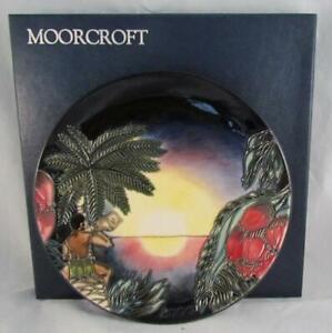 Moorcroft Pottery 2000 Year Plate BIRTH OF LIGHT 783/8 Nicola Slaney NOS NICE !!