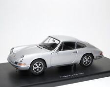 Porsche 911S 911 S Coupe 1967 Urmodell Classic silber silver AUTOart 77916 1:18