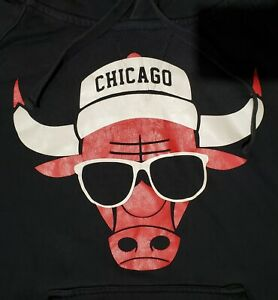 Vintage Chicago Bulls Sweatshirt Hoodie Sz S/M 80s 90s NBA Sunglasses Hat Vntg