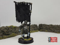 Orc Banner Bearer - Metal Mordor Lord of the Rings Warhammer Middle Earth