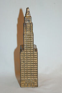 """CAST IRON """"WOOLWORTH (LARGE)"""" BUILDING STILL BANK MADE BY KENTON TOYS"""