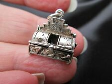 VINTAGE LARGE SILVER OPENING FRYING TONIGHT CHIP SHOP FRYER FOB CHARM PENDANT UK
