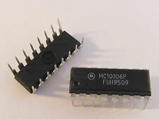 2x MC10106P Motorola Triple 4-3-3-Input NOR Gate im DIP16 Gehäuse (AE14/2320)