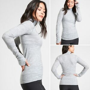 NWT Athleta Foresthill Ascent Turtleneck MEDIUM Grey Heather Fitted Seamless