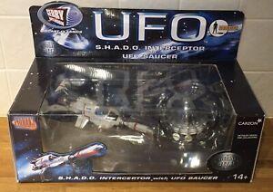 Rare UFO S.H.A.D.O INTERCEPTOR w UFO SAUCER Gerry Anderson Product Enterprise