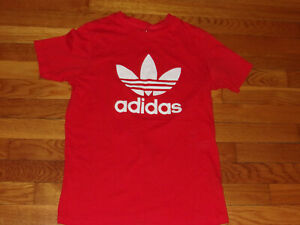 ADIDAS SHORT SLEEVE RED TREFOIL T-SHIRT BOYS LARGE EXCELLENT CONDITION