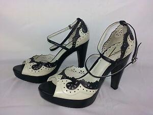Vince Camuto - Black Cream Leather Peep Toe Heels - Size 7.5 B