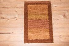 Tapis rectangulaire avec un motif Rayé persane/orientale traditionnelle pour la maison