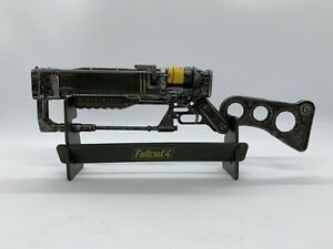Fallout 4 AER9 Laser Rifle Replica Collectible Loot Crate Gaming Exclusive