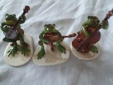 3 Hr band frog collectibles