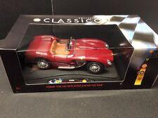 Collezione Classico 1/18 Scale 1958 Ferrari 250 Testa Rosa With Road Fuel Pump