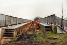 PHOTO  1993 ESSINGTON STAFFORDSHIRE OLD RAILWAY BRIDGE OVER THE M6 ONCE PART OF