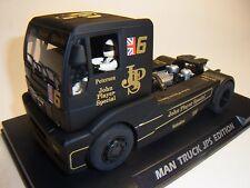 FlySlot Truck MAN TR 1400 John Player FY203304 Autorennbahn 1:32 Slotcar