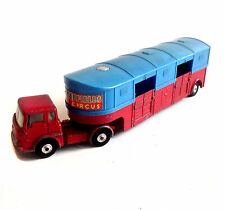 1962-70 Corgi Toys Diecast No 1130 Chipperfields Horse Transporter Bedford truck