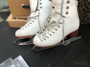 Riedell ice skates Girls 12.5  Model 101 Excel
