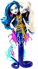 Monster High Great Scarrier Reef Peri & Pearl Serentine Doll Daughter of Hydra