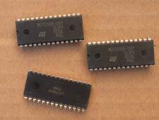 3x STMicroelectronics M27C256B-12B1 EPROM Circuit intégré DIP-28. Lot de 3