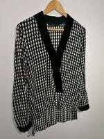 Zara Woman Size M Black & White Dogtooth Check Blouse Velvet Neckline