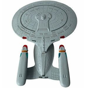 Star Trek The Next Generation STARSHIP ENTERPRISE Playmates 1992 Stock No. 6102