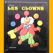 LES CLOWNS Monica Lutz 1992