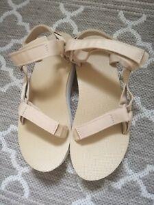 Teva Flatform Sandals 8/41