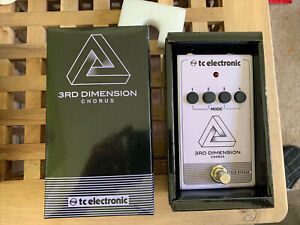 TC Electronic 3rd Dimension Chorus Guitar Pedal - Used Once