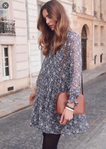Sezane Olivia Navy Floral Dress in 'Blue Flora'. Size 8 (EU 36). PLEASE READ
