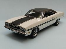 GMP 1/18 1970 Plymouth GTX Gator Grain White Limited Edition - 1 of 500  MIB
