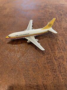 BlackBox  Air California  B737-200  N464GB  BB002  1:400 Scale Diecast Model
